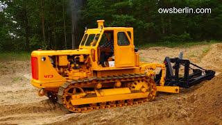 Гусеничный трактор ЧТЗ Т-100 ( Сталинец ). Kettentraktor T-100 ( Stalinec ).
