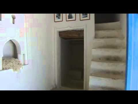 La maison traditionnelle djerbienne youtube for Maison traditionnelle tunisienne