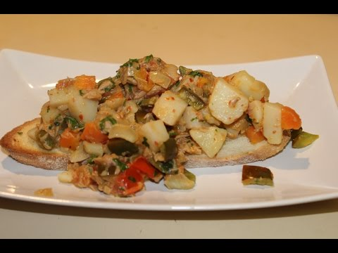 Tuna & Vegetables With Crusty Bread (Easy Meals)