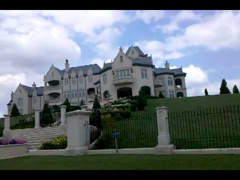 Huge Mansion in Bell Acres - Joseph Nocito