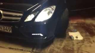 Mercedes W207 Xenon change / wechseln