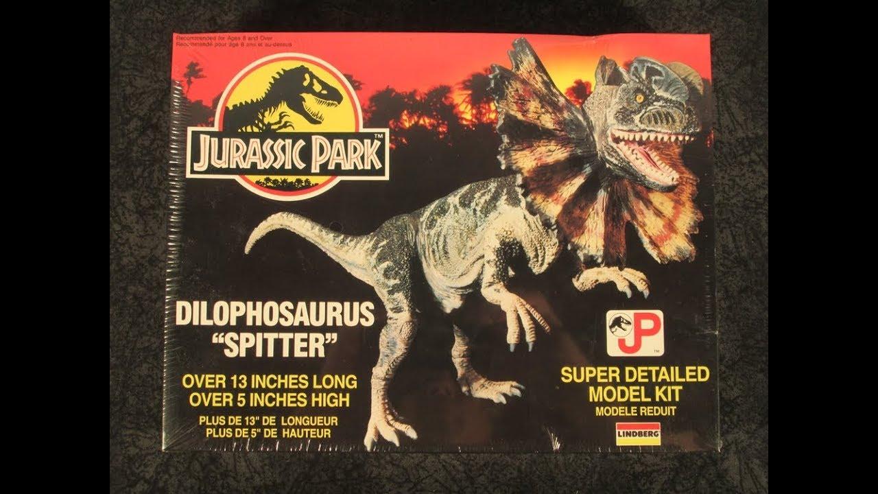 """Lindberg Jurassic Park Dilophosaurus """"Spitter"""" Model Kit Complete"""