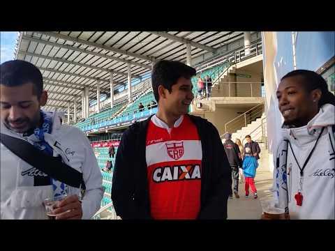 Surpresa! Samba é tocado por brasileiros em jogos da seleção da Estonia