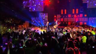 Avril Lavigne feat. Chad Kroeger - Let Me Go @ We Day 2013