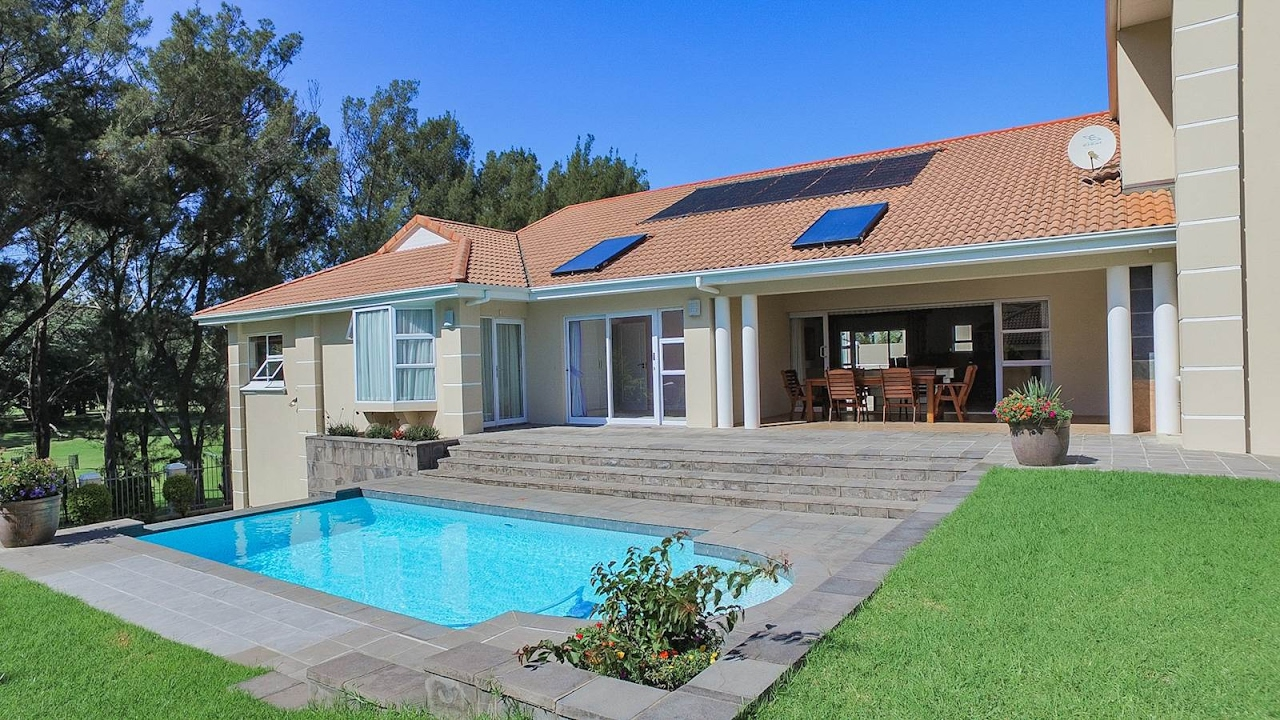 4 Bedroom House for sale in Eastern Cape | East London ...