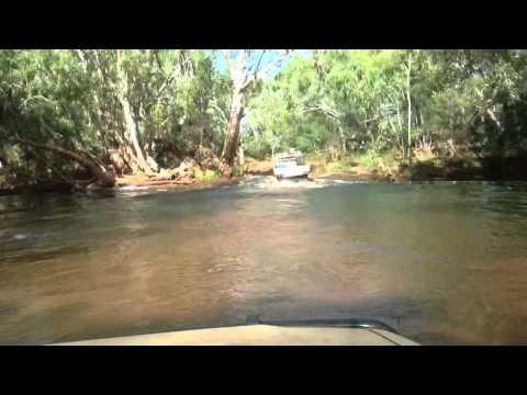 Landcruiser V8 turbo diesel mining ute Pilbara river crossing