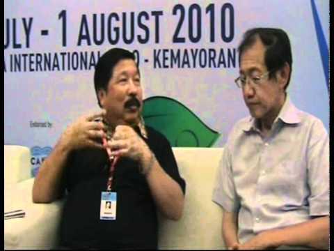 Conversation between Hermawan Kartajaya with Johnn...