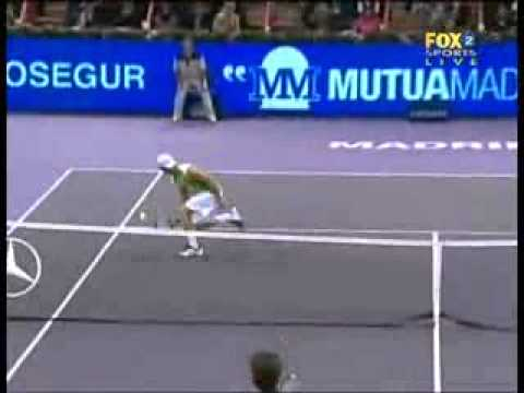 Roger Federer vs Robby Ginepri -- Madrid 2007 Highlights