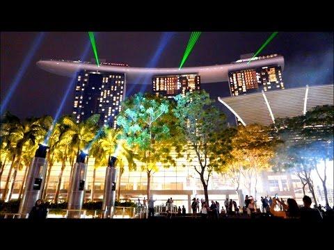 Gardens by the Bay - Singapore Garden City - Laser Lightshow Sands Marina Bay Hotel