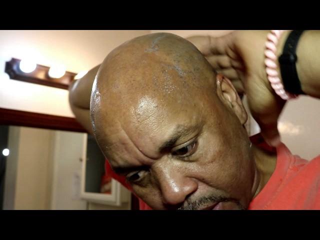 EASY BALD HEAD SHAVE NO MIRROR NEEDED NO BUMPS OR CUTS