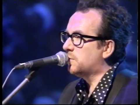 Elvis Costello - Veronica (live unplugged)