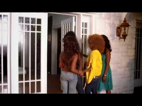 Bonafide Girl - Shaggy feat Rik Rok (Official Music Video)