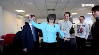 Реакция людей на шлем виртуальной реальности в Украине(, 2015-09-26T15:18:03.000Z)
