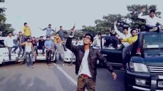 Смотреть клип Emiway - Aur Bantai Returns