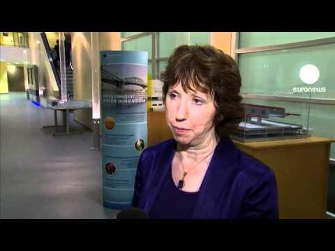 """Catherine Ashton : """"La chute de Tripoli, un test pour l'UE"""""""