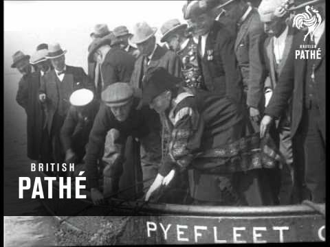 The First Oysters (1925)
