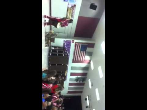 Guy jumps over 6 kids at tequesta trace middle school!!!!!