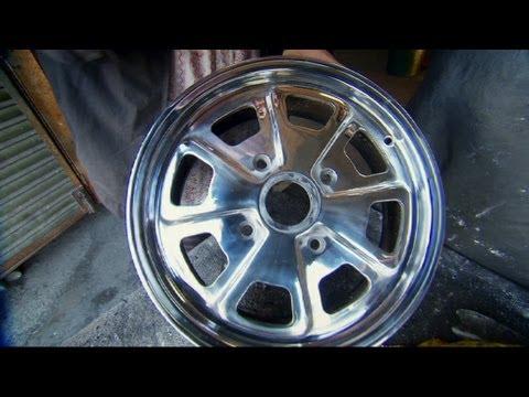 How To Clean & Polish Alloy Wheels: Porsche 914 - Wheeler Dealers