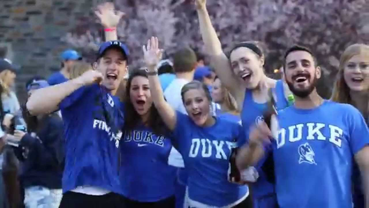 Duke students dance before NCAA championship game viewing ...