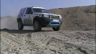 Land Rover Freelander off road