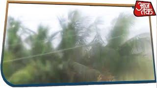 Cyclone Vayu: दहशत के साये में गुजरात, देखें रेस्क्यू ऑपरेशन की तस्वीरें