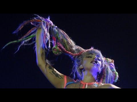 Lady Gaga   Ratchet & Bad Romance  in Antwerpen  artRAVE: the ARTPOP Ball