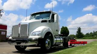 Kenworth T880 Day Cab Tractor 206370R - SOLD!