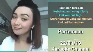 Download Pertemuan yang kuimpikan    Rhoma Irama    Indonesian Smule performance by beautiful girl