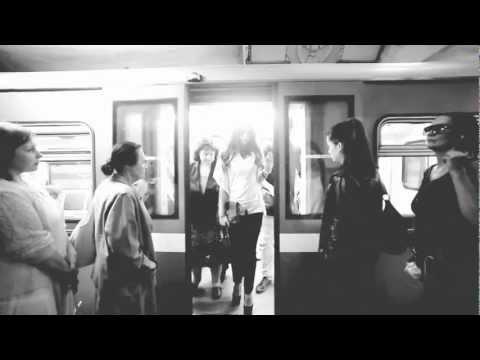 Moscow Metro: Beautiful girls & scenes (Broken Bells - High Road)