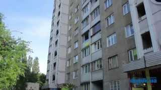 Академика Туполева, 22В Киев видео обзор(Туполева, 22В. 12-этажный панельный дом 1986 года постройки. В здании 2 парадных которые поддерживаются в удовле..., 2014-09-21T14:01:42.000Z)
