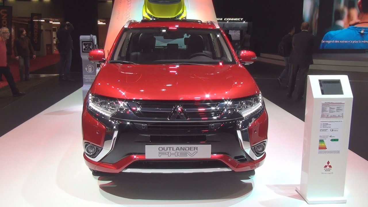 mitsubishi outlander phev instyle 2017 exterior and interior in 3d youtube. Black Bedroom Furniture Sets. Home Design Ideas