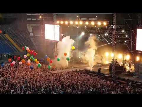Как начался концерт группы «30 Seconds to Mars» в Астане?