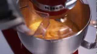 Video: KitchenAid robot Artisan 5KSM185PSEOB černá