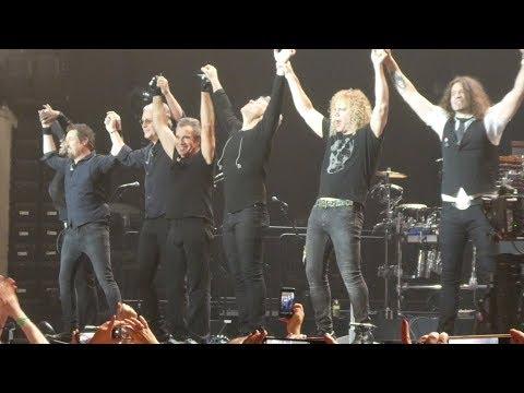 """Livin on a Prayer"" Bon Jovi@PPL Center Allentown, PA 5/2/18"