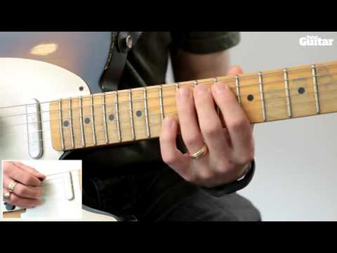 Guitar Lesson: Learn how to play Radiohead - Paranoid Android