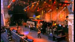 Bon Jovi - Livin on a Prayer- Live from Wembley Stadium 1995