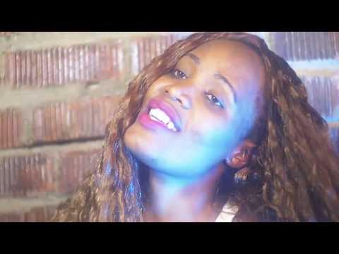 Ojuzawo Busy Busy ft Sera Omumbejja.