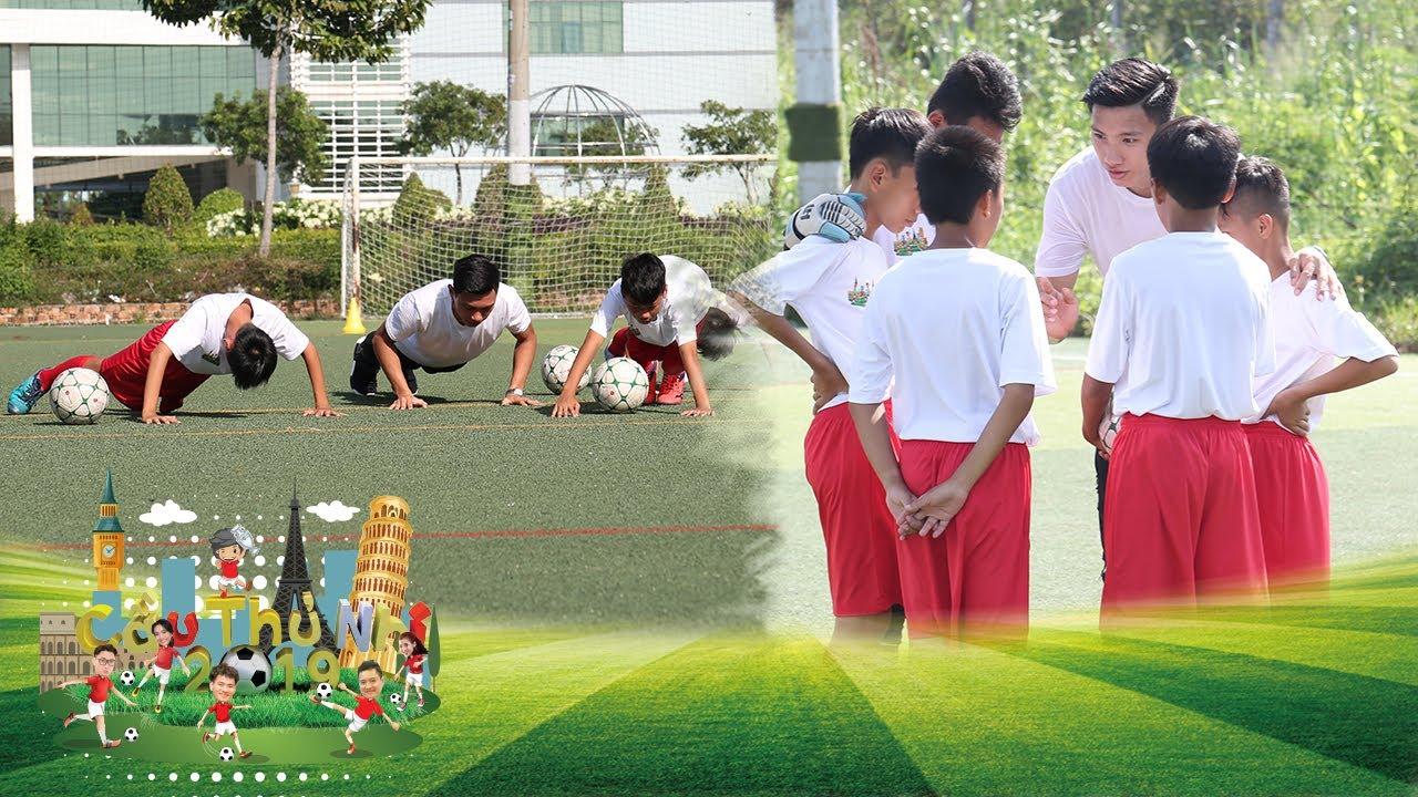 Đoàn Văn Hậu nhiệt tình chia sẻ các kỹ năng trên sân bóng với các bạn nhỏ | Cầu Thủ Nhí 2019