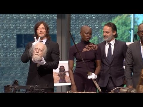 THE WALKING DEAD Smithsonian s  Andrew Lincoln, Reedus, Danai Gurira, James, Gimple