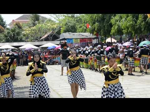 drumblek GARENG12 Ngaglik - 1st at Dreamland Drumblek Festival Salatiga