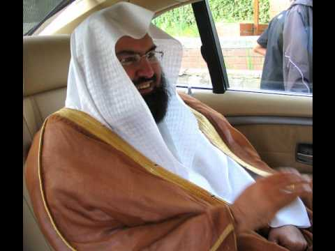 All Muslims should listen - Sheikh Sudais himself saying Iqamah and then leading the Salah (rare)