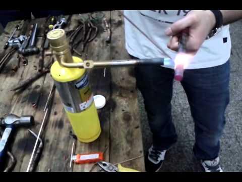 Aire acondicionado soldadura cobre con plata viyoutube for Como soldar cobre