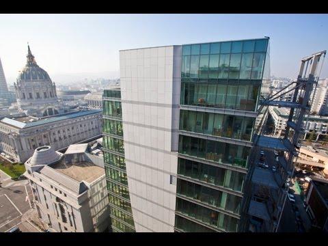Smart Building: Pioneering Sustainable Design & Construction