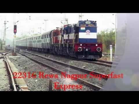 19: Diesel action of ET-NGP : Rewa Nagpur Superfast Express