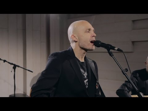 Juha Tapio - Pidä Sydämestäs Huolta (akustisesti Nova Stagella)