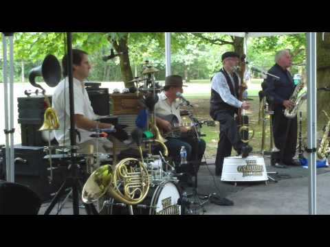 The Genuine Jug Band - I'm Gonna Sit Right Down and Write Myself a Letter
