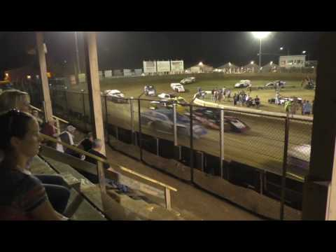 061716 Belle Clair Speedway Modified Feature