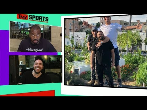 Mark Wahlberg and Gronk Put on Garden Gun  at Miami Restaurant  TMZ Sports