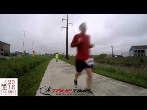 Red Shoe Run 2016 - Half Marathon - Halfway point - Iowa City, IA