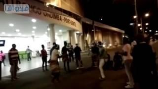 بالفيديو : رقصات واغاني افريقية في استقبال منتخب مصر بمطار بورت جنتيل